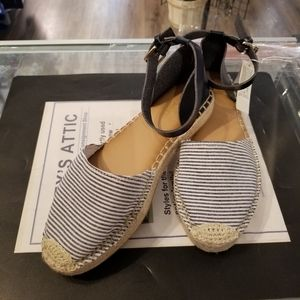 Old Navy Striped Espadrille Strap Flats